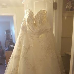 Plus Sized Wedding Dress Size 26